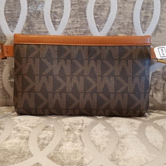 de93264d7693 Michael Kors Belt Bag MK Signature Fanny Pack Boutique